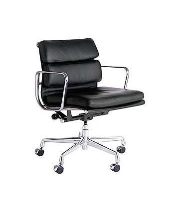 Aluminium Group Softpad Chair EA 217 by Charles Eames