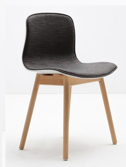About A Chair AAC12 gepolstert by Hee Welling