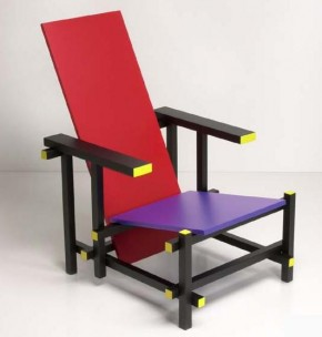Red&Blue Stuhl by Gerrit Rietveld 1918